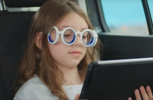 BETC's Traction and Citroën Invent Glasses that Cure Motion Sickness