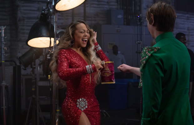 All Mariah Carey Wants for Christmas is… a Pack of Walkers