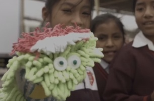 Peruvian DIY Warehouse Turns Into a Toy Store to Brighten Up Kids' Christmas