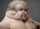 Disturbing Human Sculpture Shows Just How Delicate the Human Body Really Is