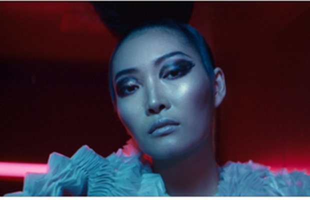 Norry Niven Directs Innovative Fashion Spot for Amex to Inspire Entrepreneurs
