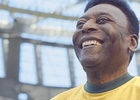 Piranha Bar Bring Stadium to Life for Football Legend Pelé and Snickers