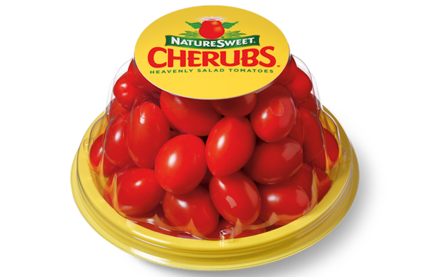 NatureSweet Tomatoes Picks Smith Brothers from the Field