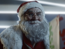 Even Santa Shops at Toys 'R' Us in This Charming Christmas Spot