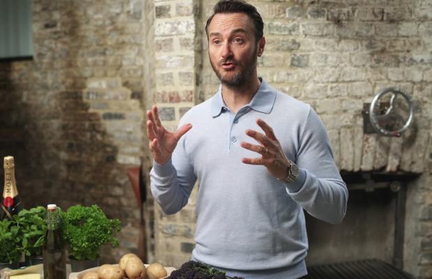 Celebrity Chef Jason Atherton Cooks up a Storm for Moët & Chandon