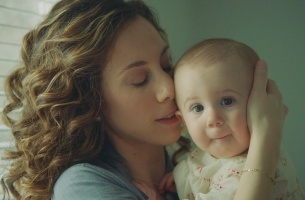 BODEGA's Haley Geffen Creates a Motherhood Connection for Lansinoh