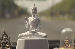 BBDO Bangkok's Speed Limit Monk Statue Warns Drivers to Be Mindful and Cautious