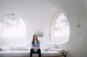 Short Films' Hanna Besirevic Directs Dreamy Carven Spring/Summer Film
