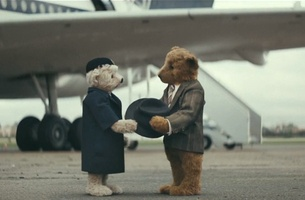 The Bears are Back in Heathrow's Nostalgic Christmas Love Story