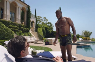 Kevin Hart Demonstrates His Comfort- and Fashion-Conscious Tommy John Collection