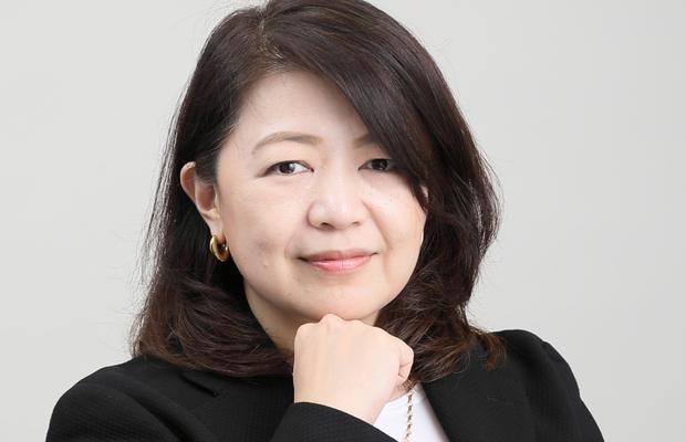 Tomoko Kanezaki's Career - Inspired by MTV, a Law Degree and Tears