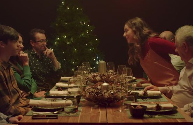 Family For Christmas.Ikea Spain Puts Families Through The Ultimate Trivia Quiz