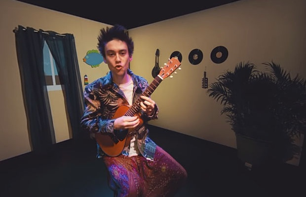 Jacob Collier Serenades on All Sides in 360-Degree Music