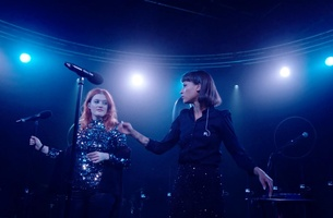 Samsung Premieres Icona Pop's New Single in 360 Degree Interactive Online Concert