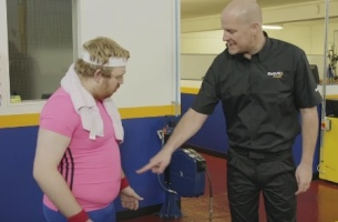 Lose Your Christmas 'Spare Tyre' with Kwik Fit's 'Fit Kwik' Workout