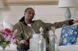 Martha Stewart and Snoop Dogg Get a #BagofUnlimited in T-Mobile's Super Bowl Spot