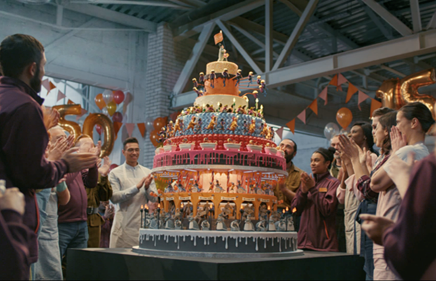 Sainsburys Builds Zoetrope Cake To Celebrate 150 Years Of Care And Community