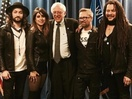 Bernie Sanders Shares Stage with Finger Music's Dave Hodge