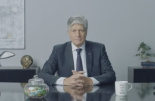 Will You Skip Maurice Levy's End of Year Wishes?