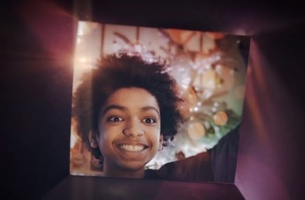 Orange and Publicis Conseil  Present a Gifts-Eye View of Christmas