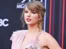 Taylor Swift wins Video of the Year at MTV VMAs