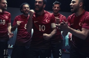 W+K Amsterdam & Nike Take Fans Into the Locker Room with VR Campaign