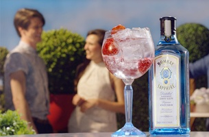 Mcasso mixologists shake up three musical vibes for Bombay Sapphire