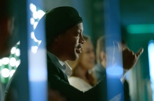 Heineken Surprises Football Fans with Ronaldinho Conducting an Orchestra