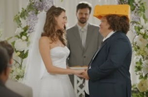 Aaron Rodgers Encounters Cheesehead Guy in Latest State Farm Spot