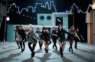 Get Your Dancing Shoes on with Oliver Hadlee Pearch's Desigual Spot
