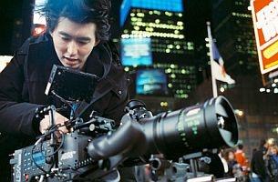 Honor Society Signs Director Jonathan Yi