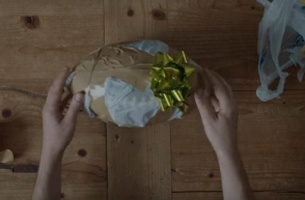 Amateur Gift Wrappers Can Totally Relate to This New UPS Spot
