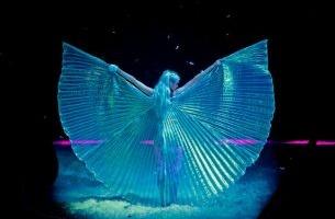 Kyla La Grange Takes Flight with Dreamy New 360 VR Music Video