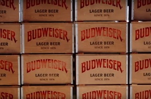 Budweiser Goes Large for the Holidays