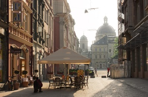 Twinned With: 13 Versatile CEE Locations That Mirror Stunning Global Sites