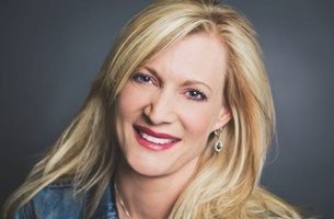 Bestads Six of the Best Reviewed by Debbi Vandeven, Global CCO, VML, Missouri