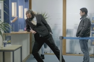 Comedian Joe Wilkinson Presents the Foolproof Guide to Electric Driving for Nissan