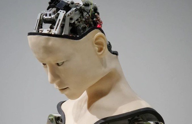 Humanising AI - The Race to Replace Ourselves