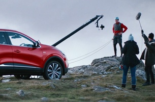 Adam Kaleta Shoots Renault KADJAR TV Idents