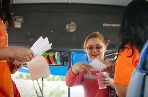 National Lotto Of Nicaragua Pays National Bus Fare to Promote New Electronic Version Of The Game