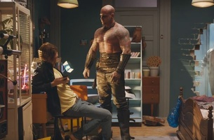 A Muscle-bound Chatbot Stars in New Campaign for German Bank Sparkasse