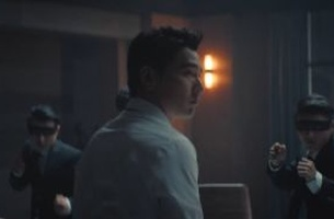 W+K Shangai Turns An Everyday Dad into The Matrix's Neo for BMW's All-New X3 Campaign