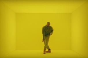 Drake Brings His Hotline Bling to T-Mobile's Super Bowl 50 Spot