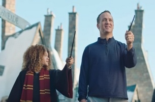 Peyton Manning Becomes Vacation Quarterback in New Super Bowl Ad