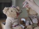 Cheil Ukraine Adds Teddy Bear Tenderness to Samsung Electronics Ad