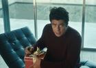 Benicio Del Toro Spreads Holiday Cheer in New Heineken Commercial