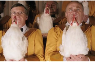 Foster Farms' Harmonic Choir of 'Amazing Chickens'