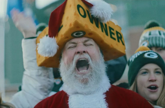 Bundle Up for the Dig: Dickies Traverses 'The Frozen Tundra' at Lambeau Field