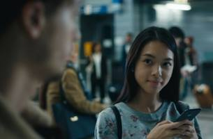 Orange and Apple's Xmas Spot Reminds Us How Tech Helps Us Overcome Life Obstacles