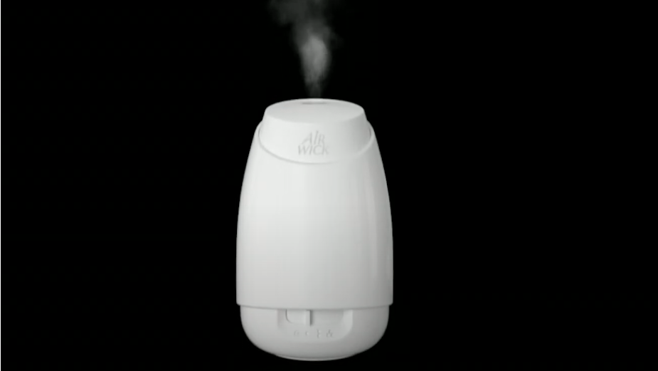 Air Wick's Lush CGI Spot Visualises Mood-Enhancing Effects of Aromatherapy